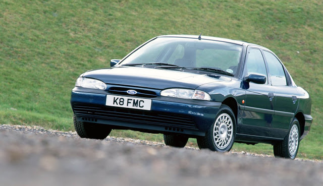 Ford Mondeo 1.6 1993 photo - 12