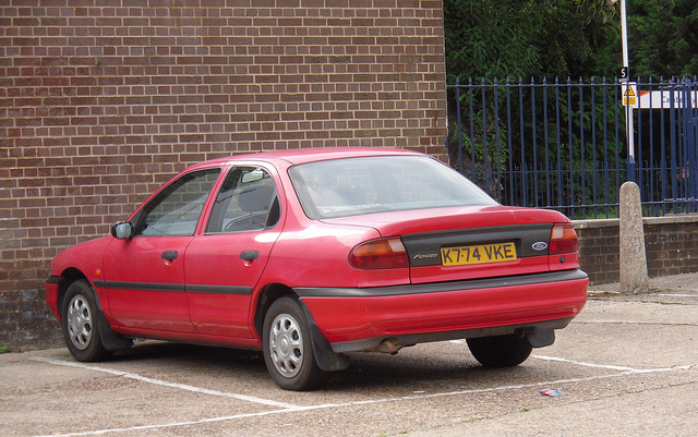 Ford Mondeo 1.6 1993 photo - 3