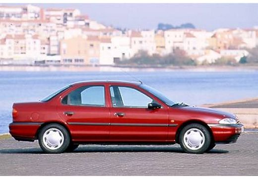 Ford Mondeo 1.6 1996 photo - 12