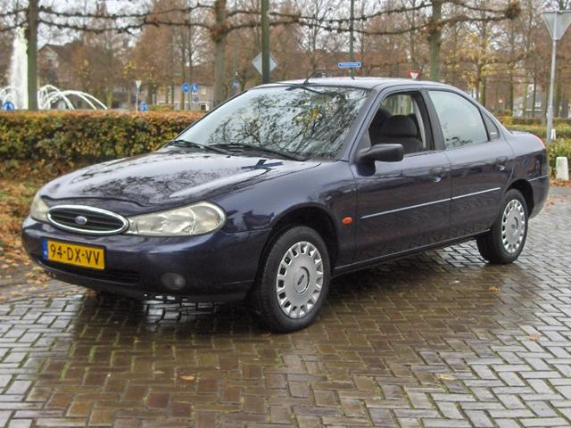 Ford Mondeo 1.6 2000 photo - 12
