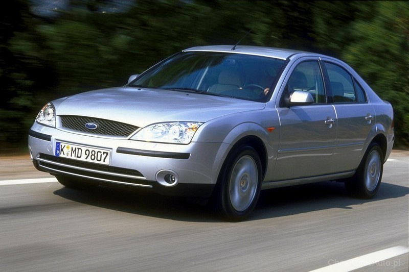 Ford Mondeo 1.6 2003 photo - 12
