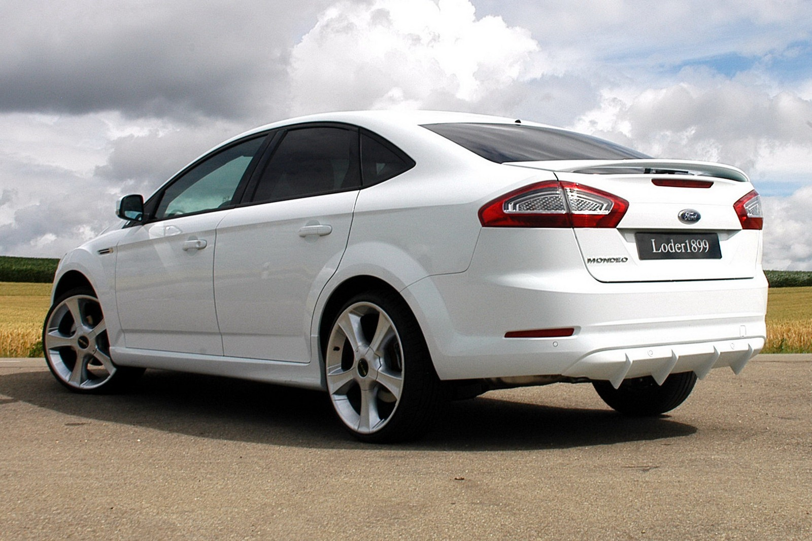 Ford Mondeo 1.6 2012 photo - 7