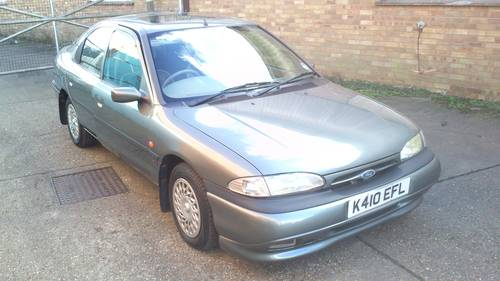 Ford Mondeo 1.8 1993 photo - 12