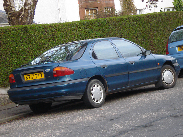 Ford Mondeo 1.8 1993 photo - 4