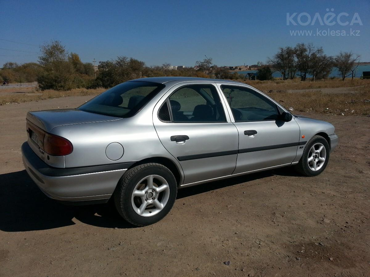 Ford Mondeo 1.8 1994 photo - 11