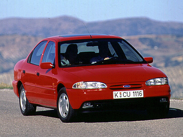 Ford Mondeo 1.8 1994 photo - 2