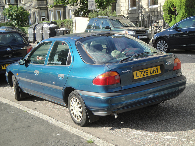 Ford Mondeo 1.8 1994 photo - 4