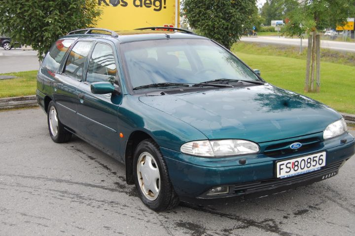 Ford Mondeo 1.8 1996 photo - 6