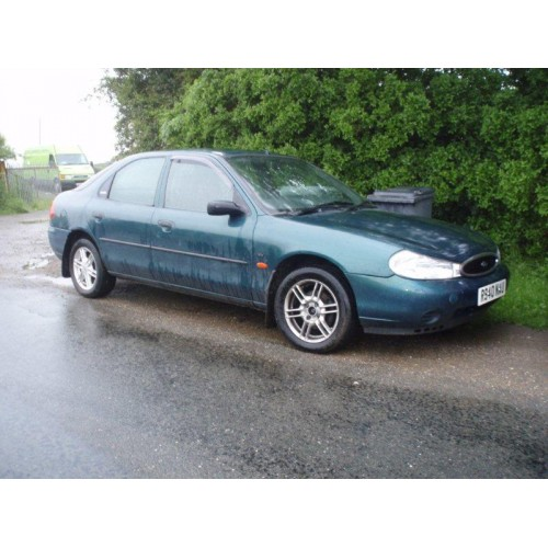 Ford Mondeo 1.8 1997 photo - 3