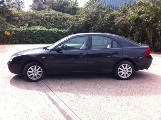 Ford Mondeo 1.8 2002 photo - 9