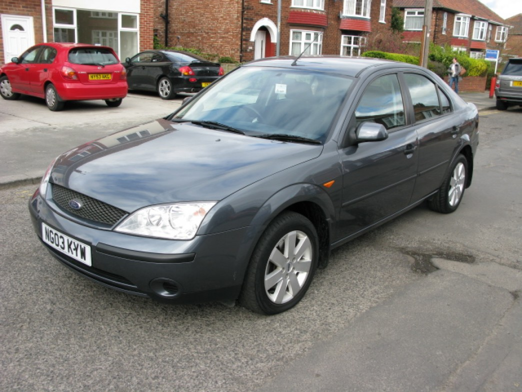 Ford Mondeo 1.8 2003 photo - 9