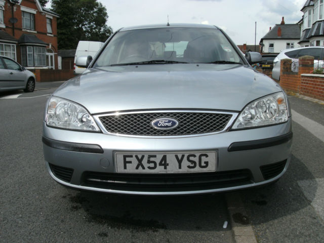 Ford Mondeo 1.8 2004 photo - 3