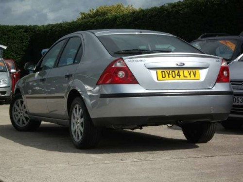 Ford Mondeo 1.8 2004 photo - 7