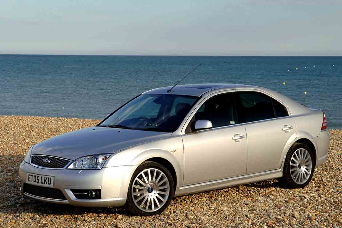 Ford Mondeo 1.8 2005 photo - 10