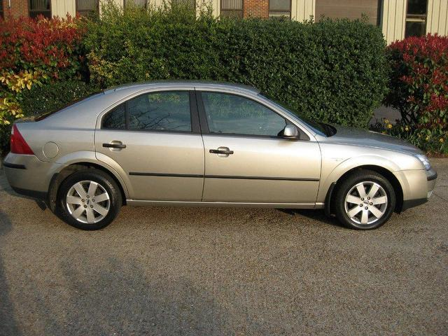 Ford Mondeo 1.8 2005 photo - 8