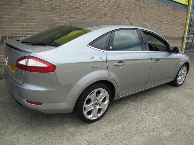 Ford Mondeo 1.8 2008 photo - 10