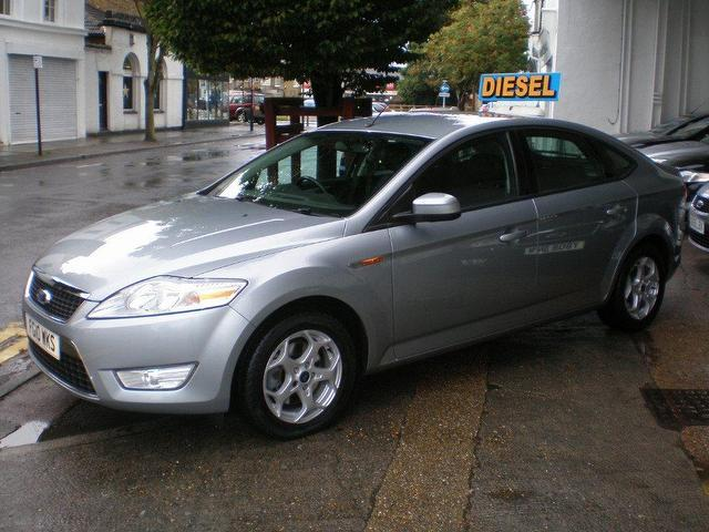 Ford Mondeo 1.8 2010 photo - 10
