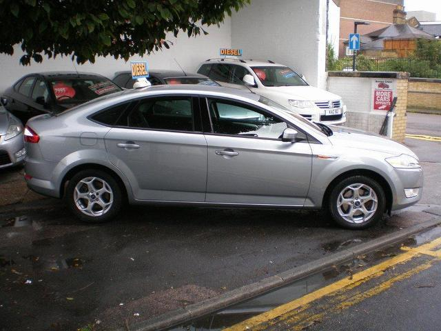 Ford Mondeo 1.8 2010 photo - 3