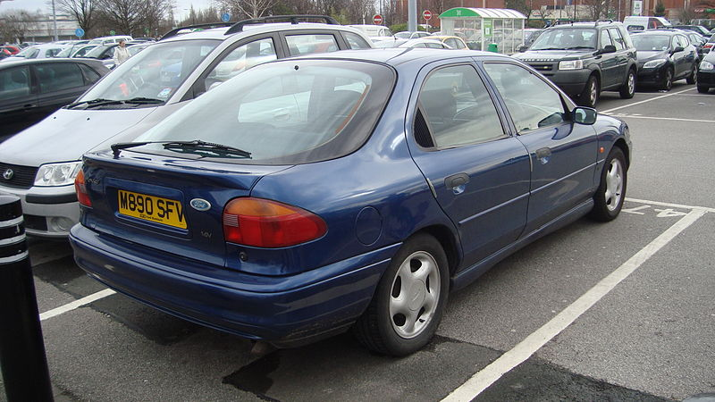 Ford Mondeo 2.0 1994 photo - 7