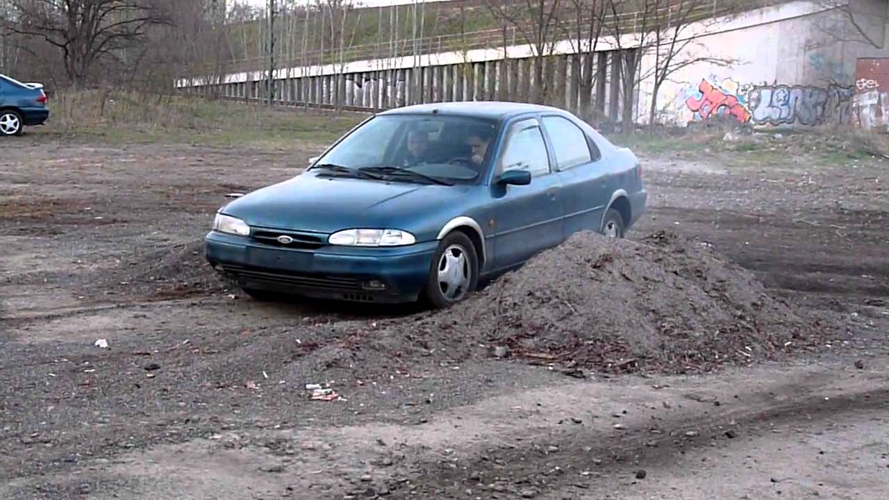 Ford Mondeo 2.0 1994 photo - 9