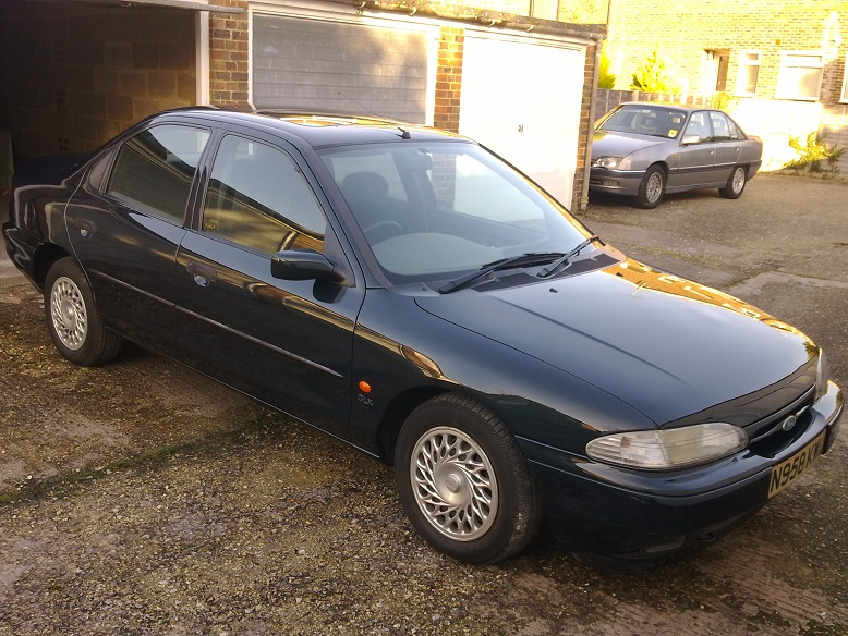 Ford Mondeo 2.0 1995 photo - 3