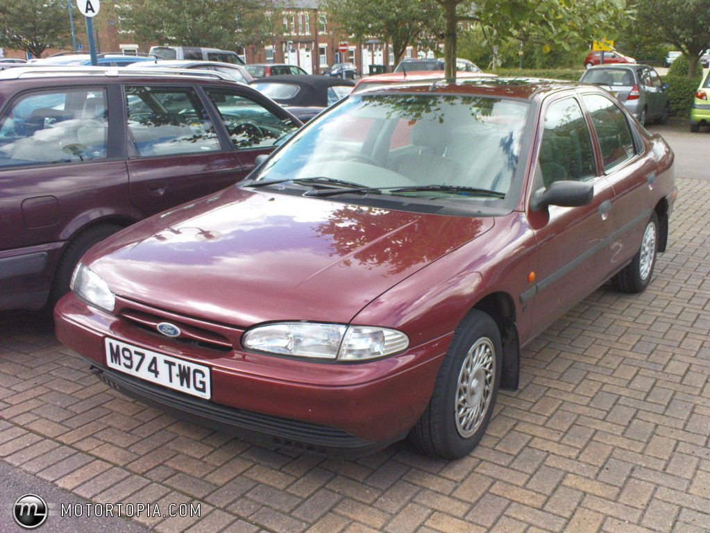 Ford Mondeo 2.0 1995 photo - 9