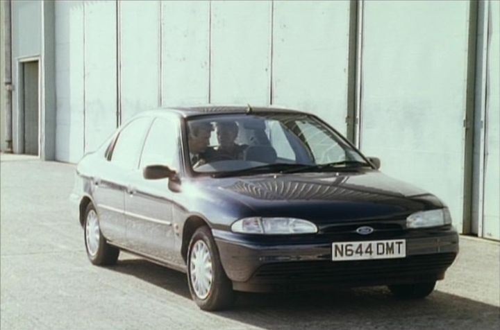 Ford Mondeo 2.0 1996 photo - 1