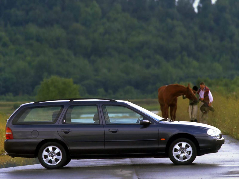 Ford Mondeo 2.0 1996 photo - 8