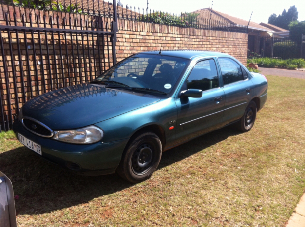 Ford Mondeo 2.0 1998 photo - 10