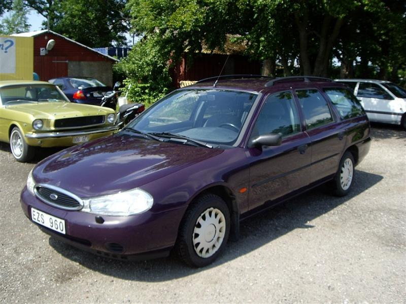 Ford Mondeo 2.0 1998 photo - 11