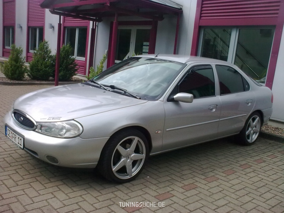 Ford Mondeo 2.0 1999 photo - 12