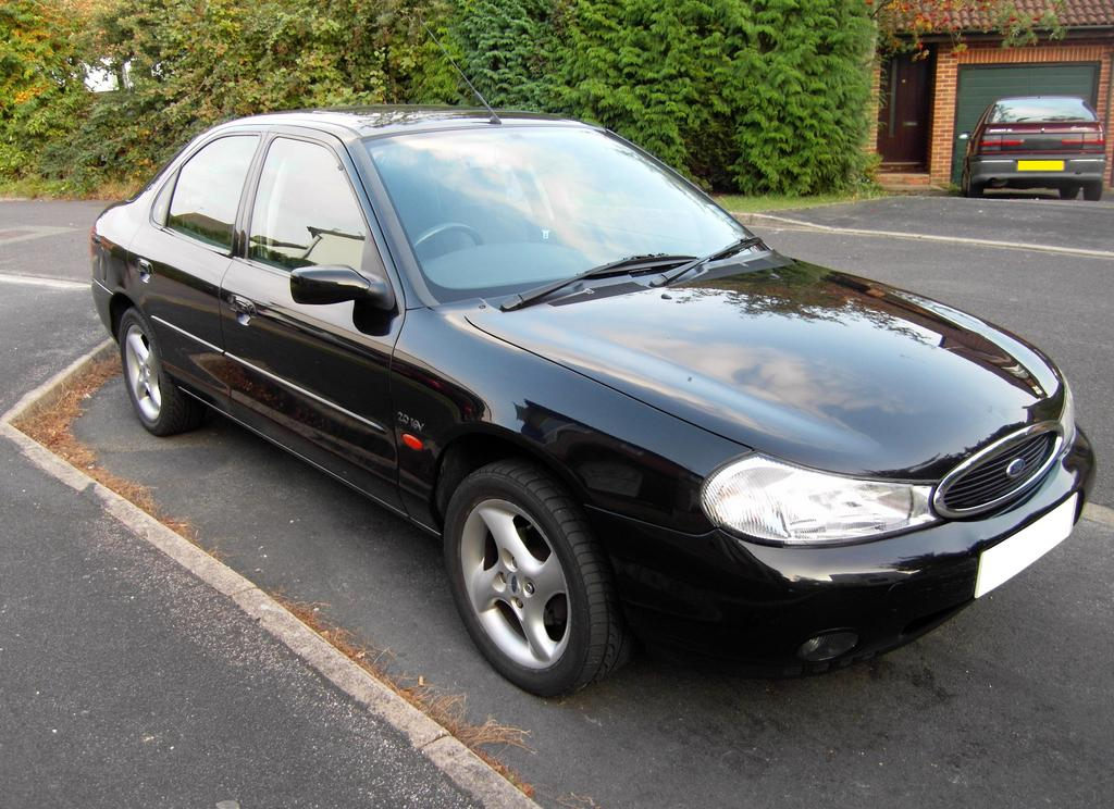 Ford Mondeo 2.0 1999 photo - 4