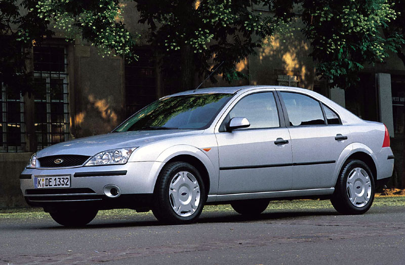 Ford Mondeo 2.0 2000 photo - 6