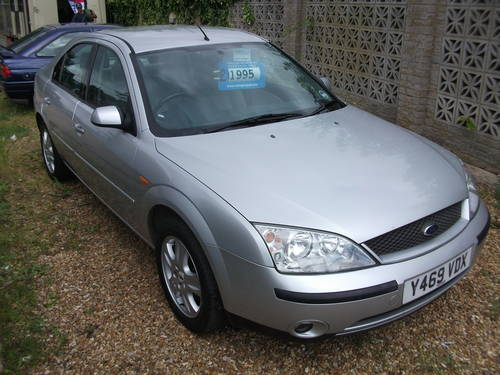 Ford Mondeo 2.0 2001 photo - 6