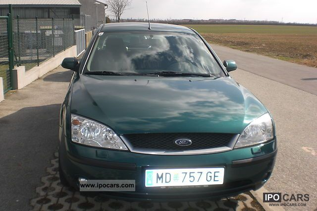 Ford Mondeo 2.0 2001 photo - 9