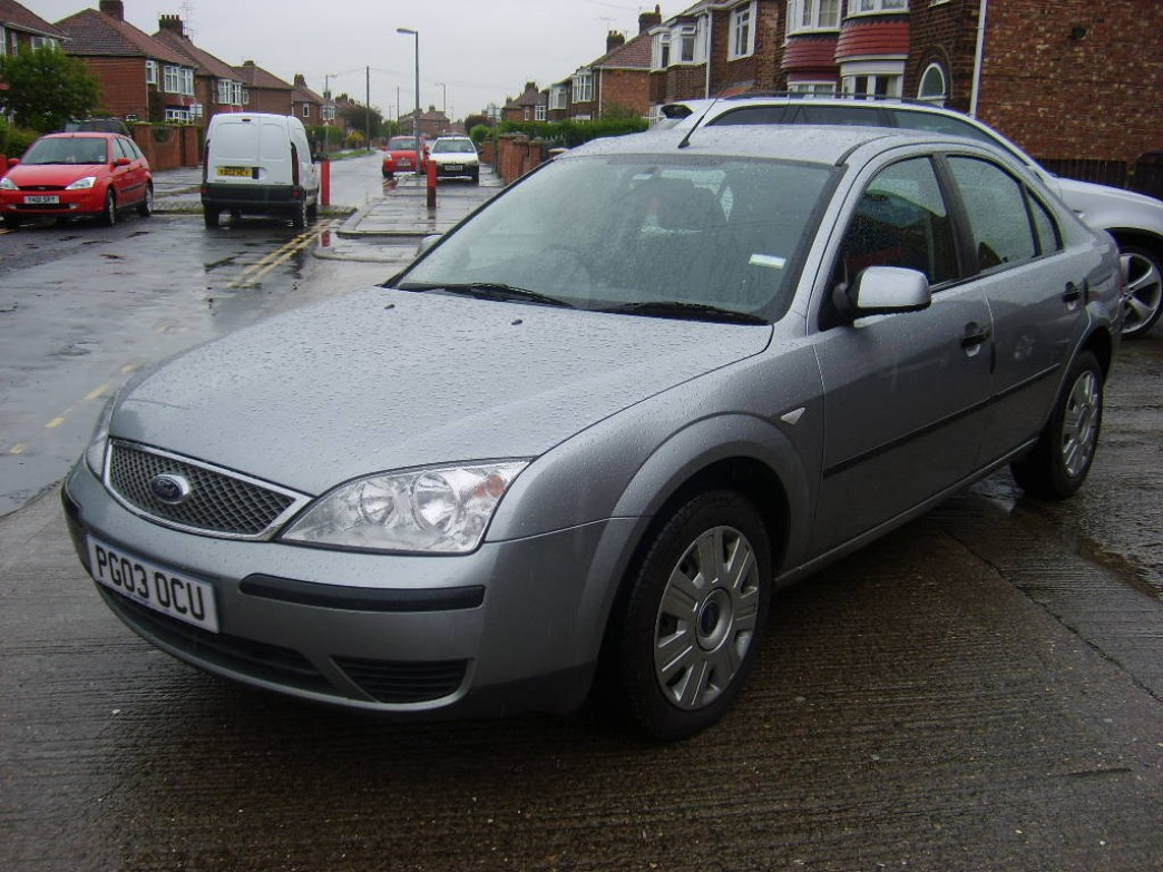 Ford Mondeo 2.0 2003 photo - 1
