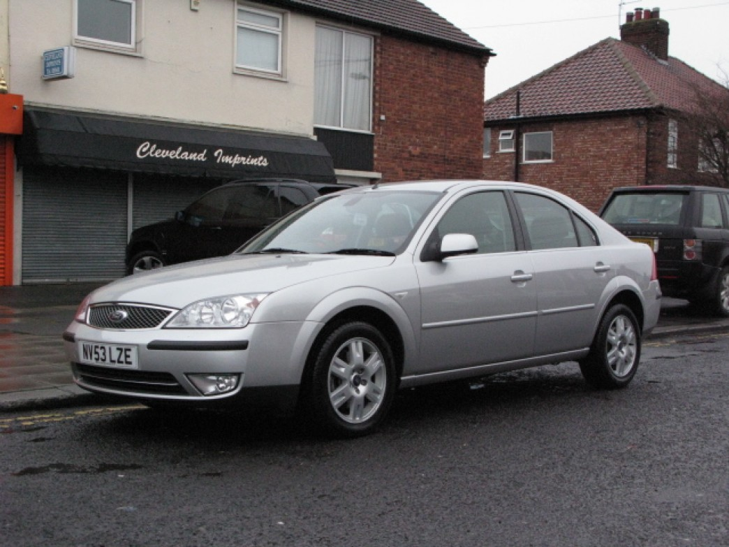 Ford Mondeo 2.0 2003 photo - 6