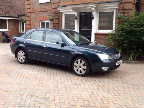 Ford Mondeo 2.0 2004 photo - 9