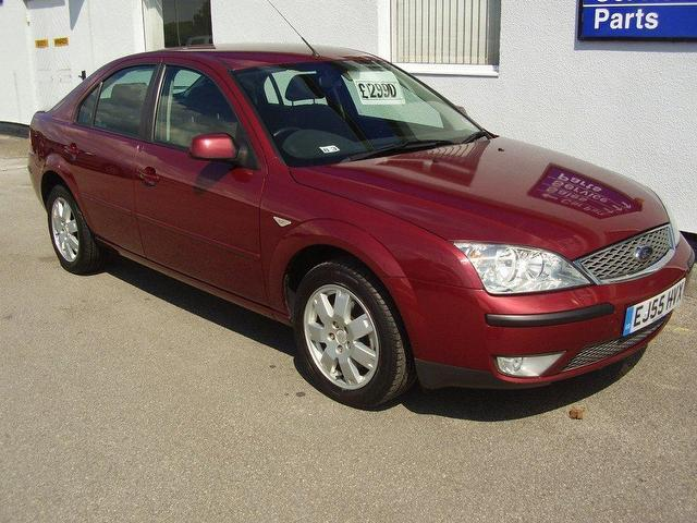 Ford Mondeo 2.0 2005 photo - 11