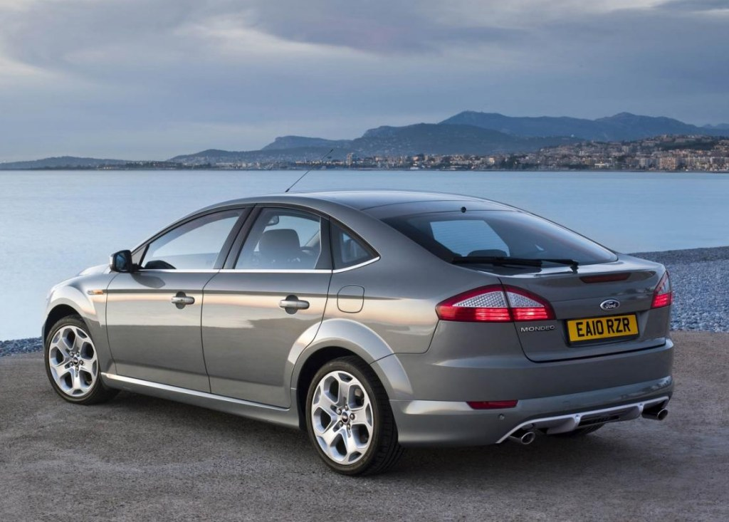 Ford Mondeo 2.0 2011 photo - 2