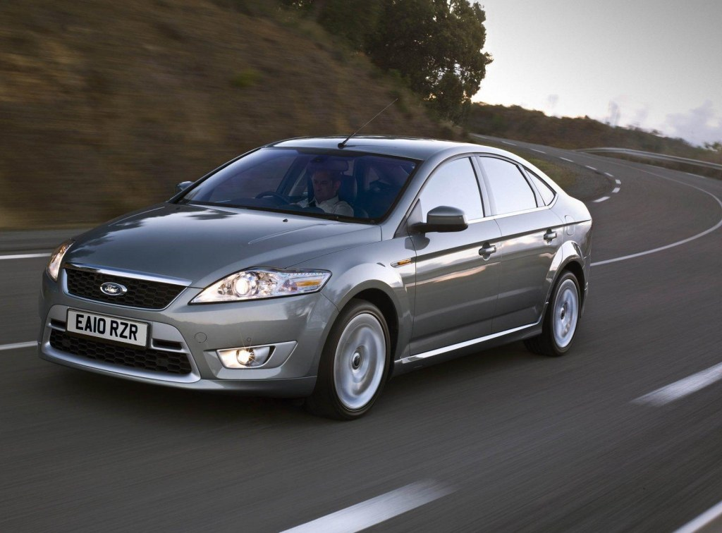 Ford Mondeo 2.0 2011 photo - 6