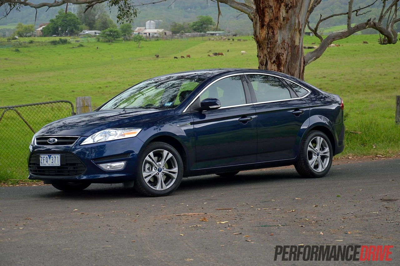 Ford Mondeo 2.0 2013 photo - 6