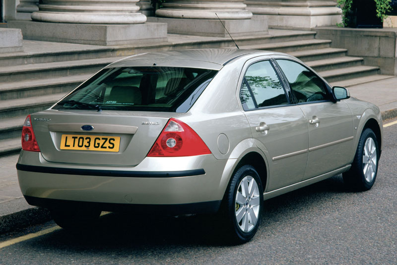 Ford Mondeo 2.2 2004 photo - 10