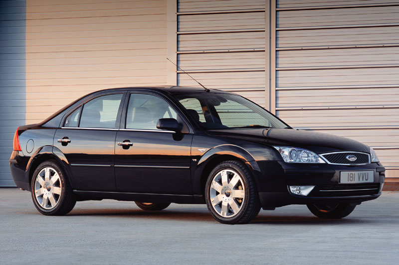 Ford Mondeo 2.2 2004 photo - 3