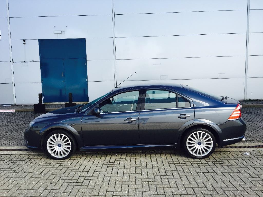 Ford Mondeo 2.2 2006 photo - 11