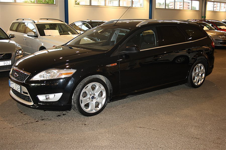 Ford Mondeo 2.2 2010 photo - 11