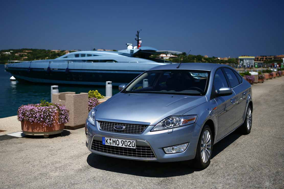 Ford Mondeo 2.2 2010 photo - 3