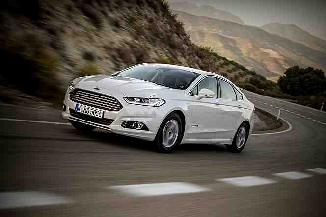 Ford Mondeo 2.2 2014 photo - 11