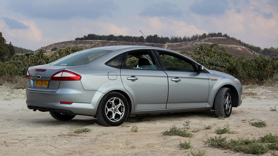 Ford Mondeo 2.3 2012 photo - 6
