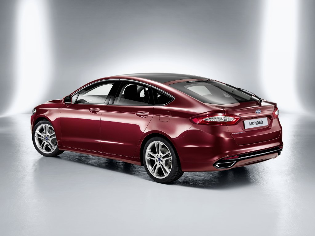 Ford Mondeo 2.3 2012 photo - 8